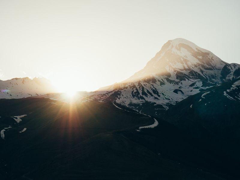 Грузия, горы, закат, пейзаж, тепло Закат на горе Казбекphoto preview