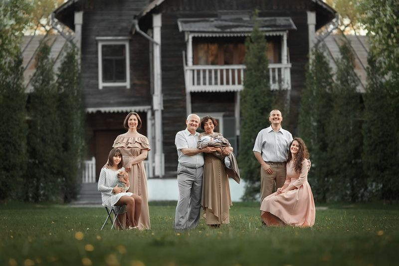 Семейное гнездышкоphoto preview