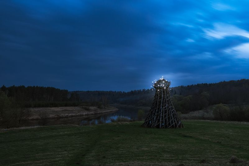 арт-парк, никола-ленивец, маяк, искусство, арт объект, ночь \
