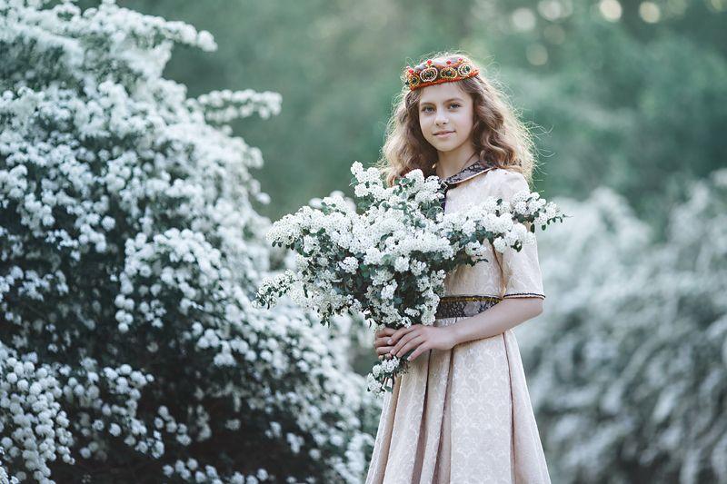 весна, девочка, дети, цветы, принцесса, воздух, цветущий, модный, семья, корона, платье, улыбка, весенний, Весенние зарисовкиphoto preview