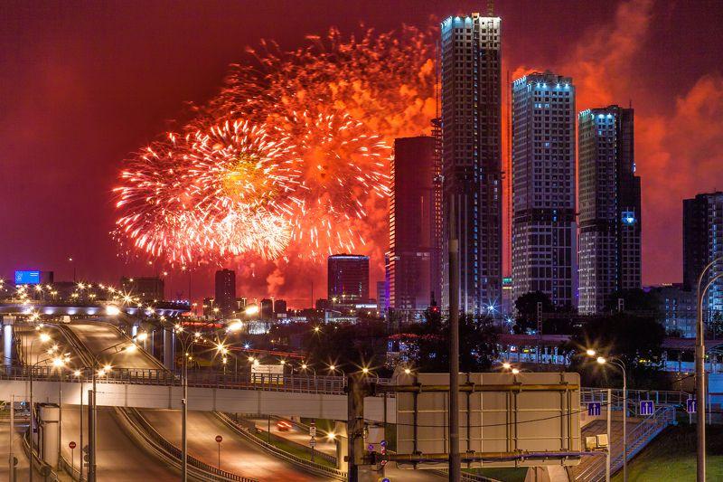 день победы, 9 мая, салют, москва, небоскрёбы, пейзаж, архитектура, эффектное  Новые кварталы photo preview