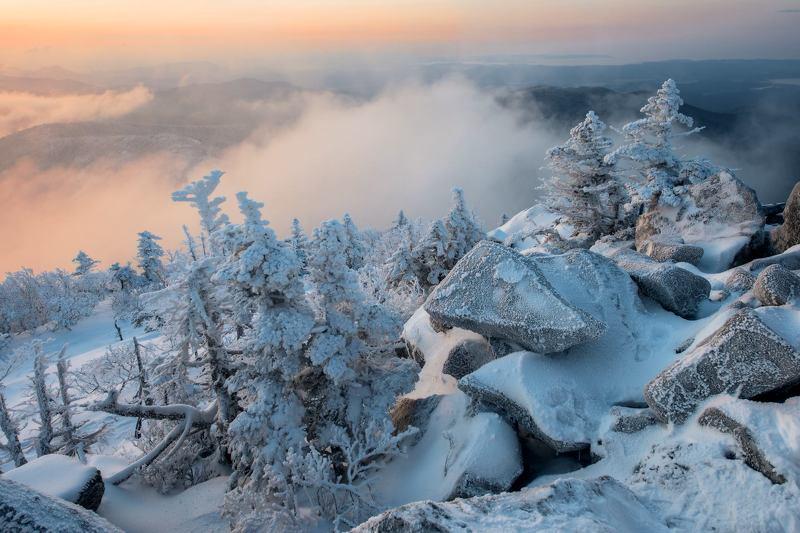 Снег, горы, Приморский край, зима Весенние причудыphoto preview