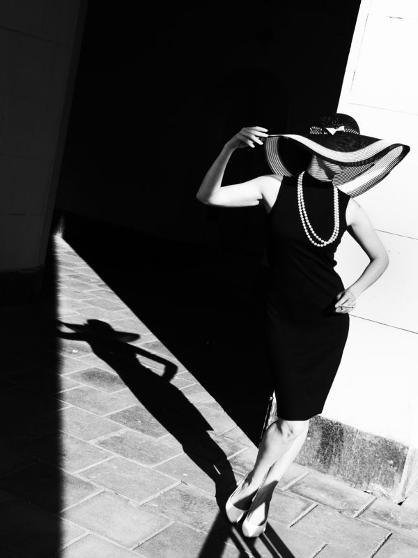 Moscow, Russia, Contrast, Black and white, Vogue, Fashion, Monochrome In vogue stylephoto preview