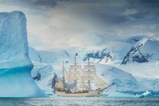 Под парусом в Антарктиде