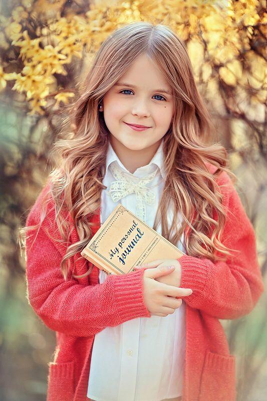 девочка портрет Василисаphoto preview