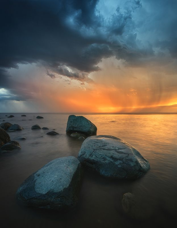 пейзаж море гроза шторм латвия Перед грозойphoto preview