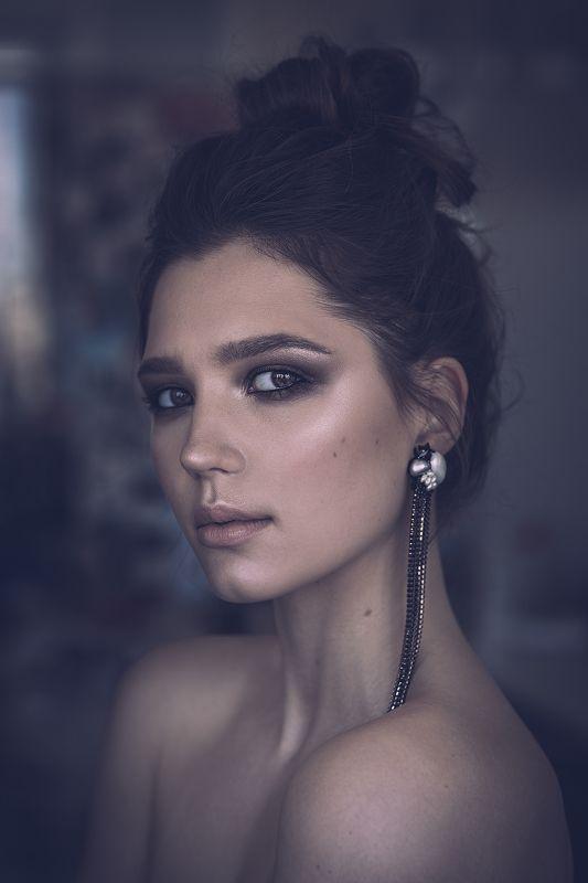 007 Portrait 2018photo preview