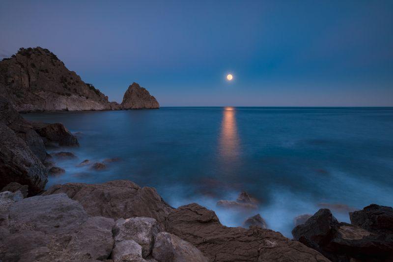 Симеиз. Восход луныphoto preview