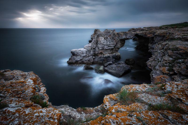 sunrise,sea, water, outdoor, cloud, dark, nature, rock,  sky, dramatic Dark sunrisephoto preview