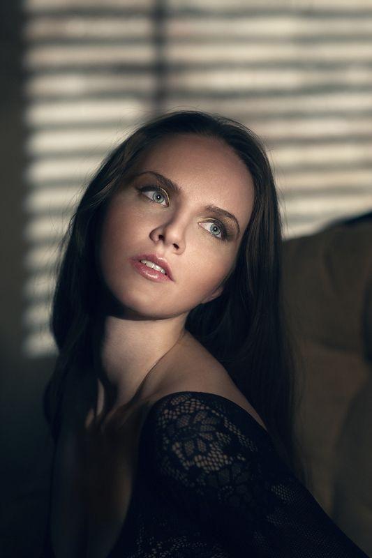 studio, makeup, style, art, light, color, portrait, model, girl ***photo preview