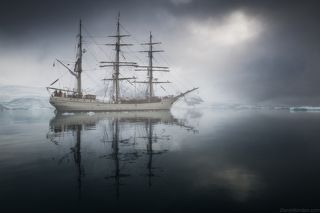 Барк Европа в Антарктиде