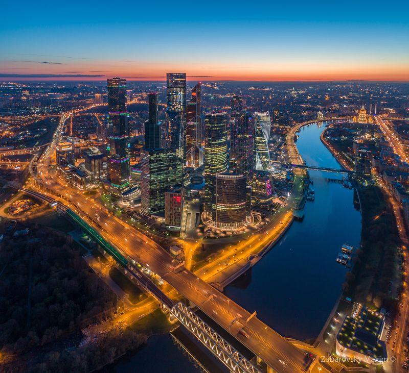 москва, город, сумерки, рассвет Еще в Сумеркахphoto preview