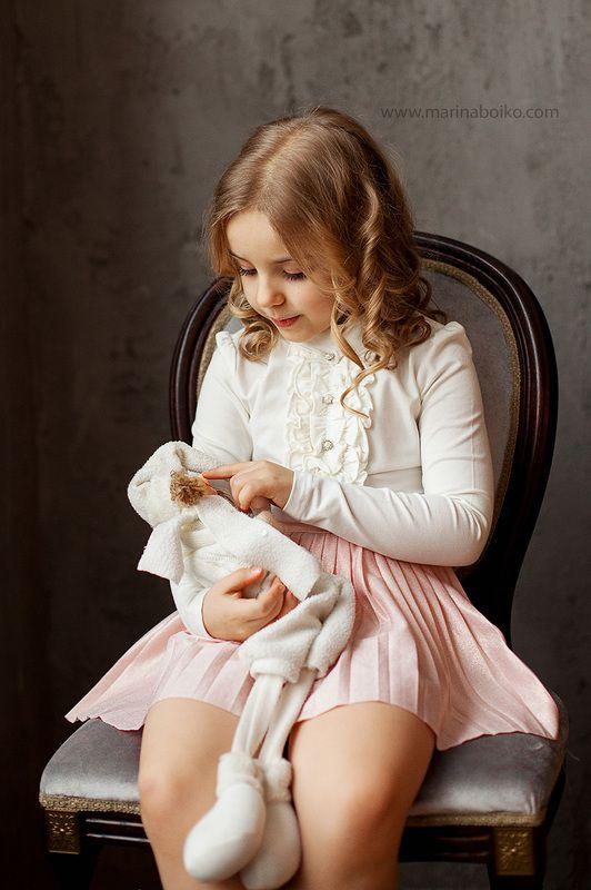 девочка, портрет, фото, фотография, фотограф, естественный свет, дети, ребенок, игрушка Машенькаphoto preview