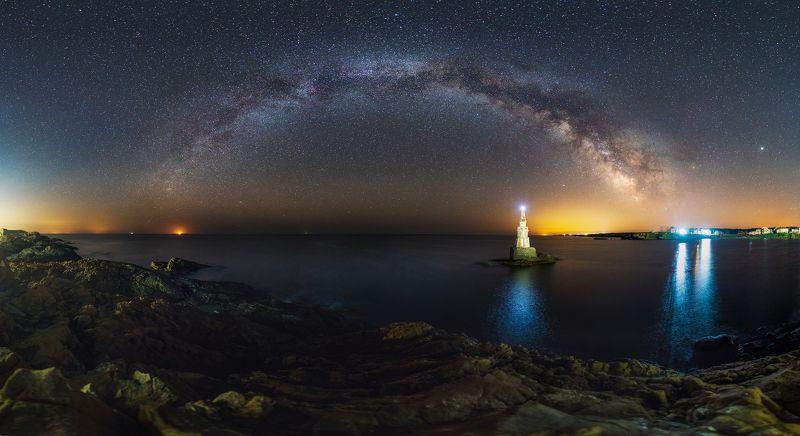 Нощи край моретоphoto preview