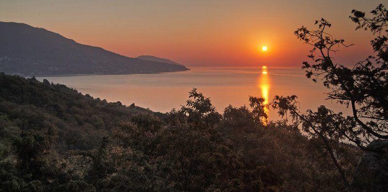 крым, море , весна Утро, Ливадияphoto preview