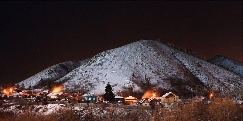 красноярск, базаиха, горы У подножья горыphoto preview