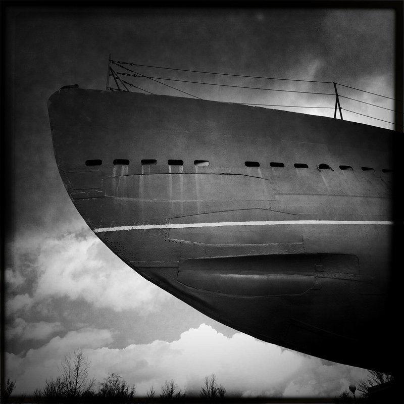 Корабли уходят в небоphoto preview