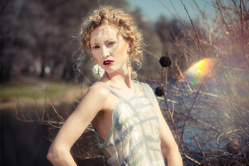 портрет, девушка, женщина Весеннее заострениеphoto preview