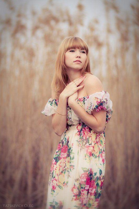 девушка, портрет, камыш, пленэр Виолеттаphoto preview
