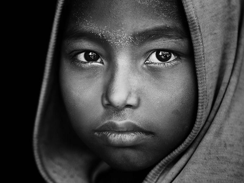 портрет, мальчик, глаза, взгляд, бангладеш Вся жизнь в этих глазахphoto preview