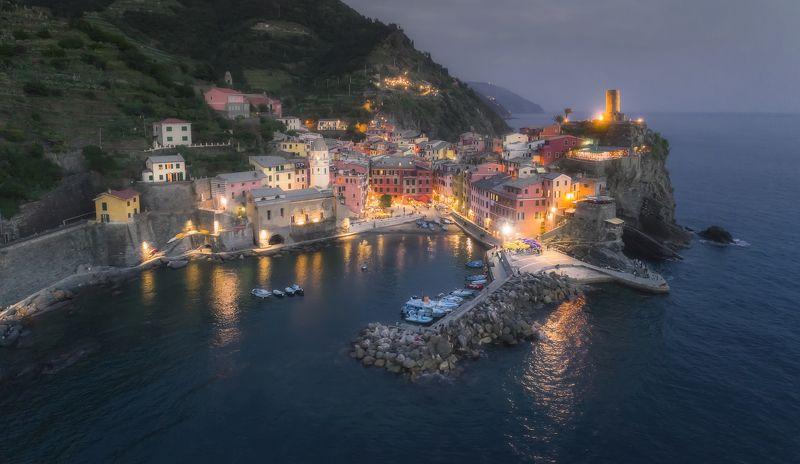 vernazza, cinque-terre, italy, ла специя, италия, вернацца Vernazza, Cinque Terre, Italyphoto preview