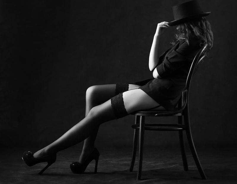 женщина, красота, мода, шляпа, чулки, стул, танцовщица, кабаре, Кабаре.photo preview