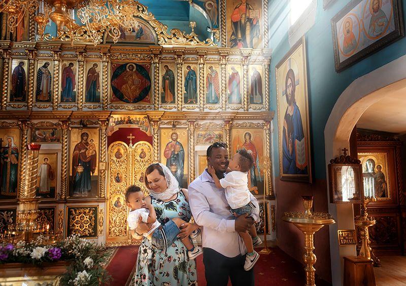 крещение Минск, крещение в Минске, фотограф крещения Минск, фотограф на крещение Минск photo preview