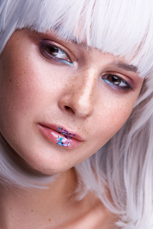 shine, beauty, sony, white, makeup, freckles, portrait, lips, eyes, girl Shinephoto preview