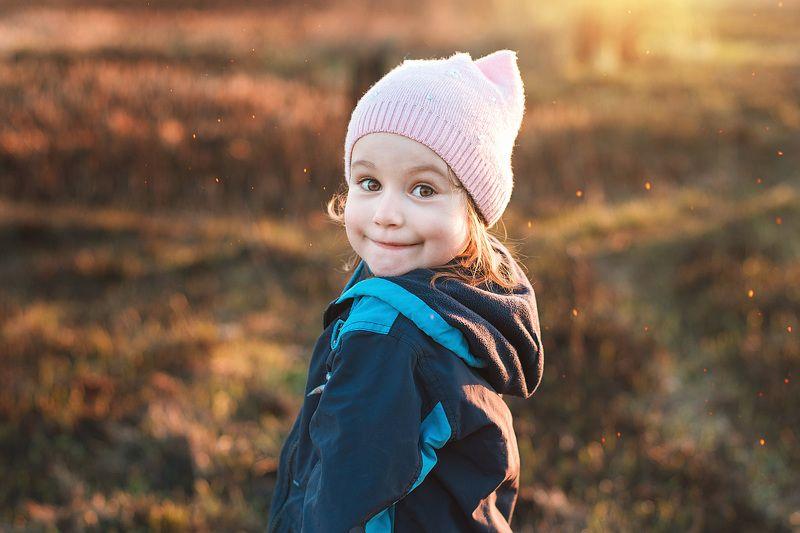 девочка, дети, портрет, закат на закатеphoto preview