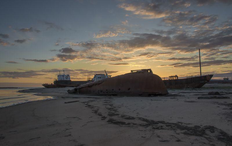 архангельская обл, белое море, закат, море, лодки, путешествия, берег Белого моряphoto preview