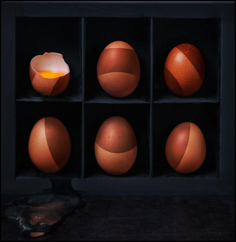 яйцо, разбитое, еда, натюрморт, черный Brokenphoto preview