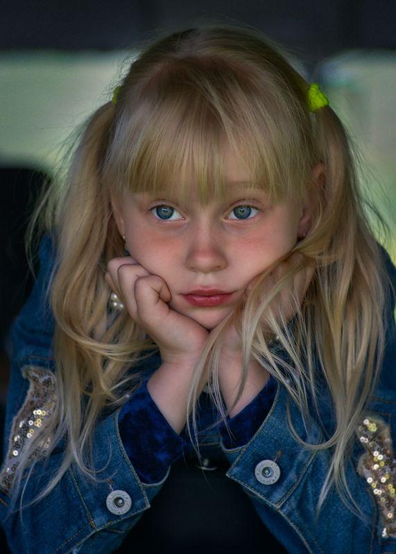 portrait, child, blue-eyed girl, blonde, summer, 2018 Кираphoto preview