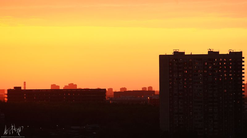 закат, город, пейзаж, краски, буйство, цвет, москва, парк, дорога, шестнадцатиэтажки Небесно-городская серияphoto preview
