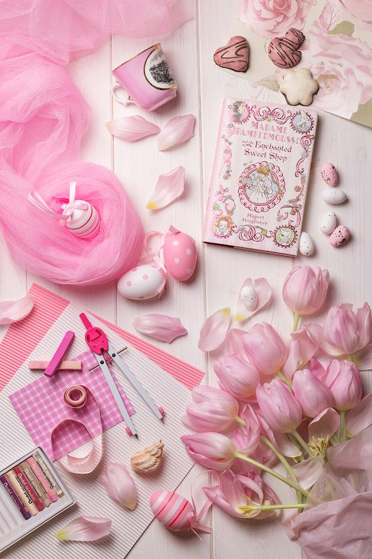 white, pink, flat lay, натюрморт, still liаe White-pink Flat layphoto preview