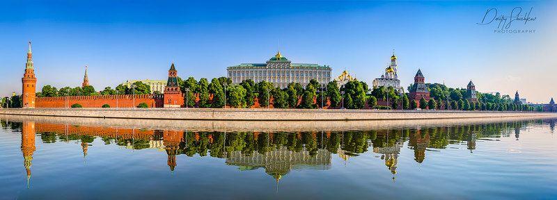 москва, кремль, утро, солнечное, лето, туризм, набережная, река, Московский Кремль ранним утром.photo preview