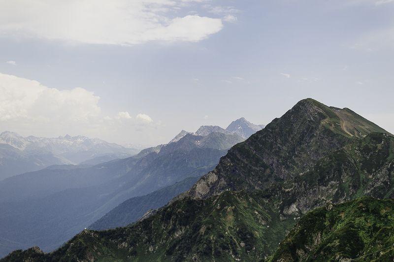 Сочи, горы, лето, вершины, облака, пейзаж, небо Вершиныphoto preview