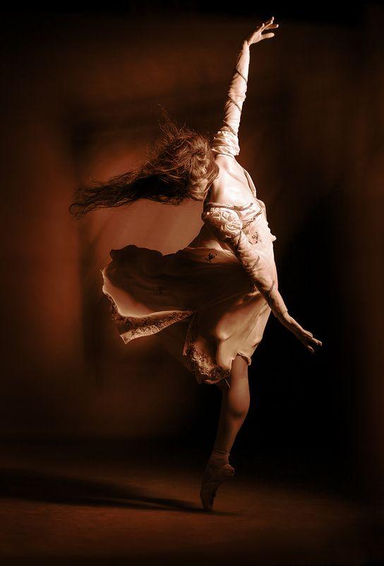 танец, стихия, пластика, фотостудия, постановка, балет, движение, экспрессия, эмоции, свето-тень, концептуальное, абстракция, art, body, davydov Стихия...photo preview