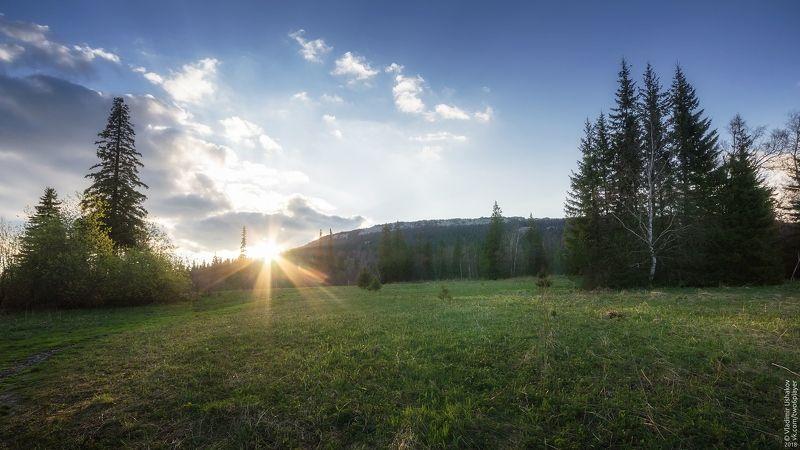небо, горы, хребет, национальный парк, зюраткуль, челябинская область По дороге на хребет Зюраткульphoto preview