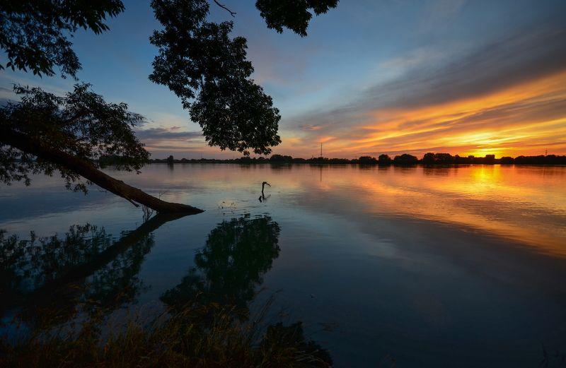 закат, вечер, река Вечерняя Кубаньphoto preview