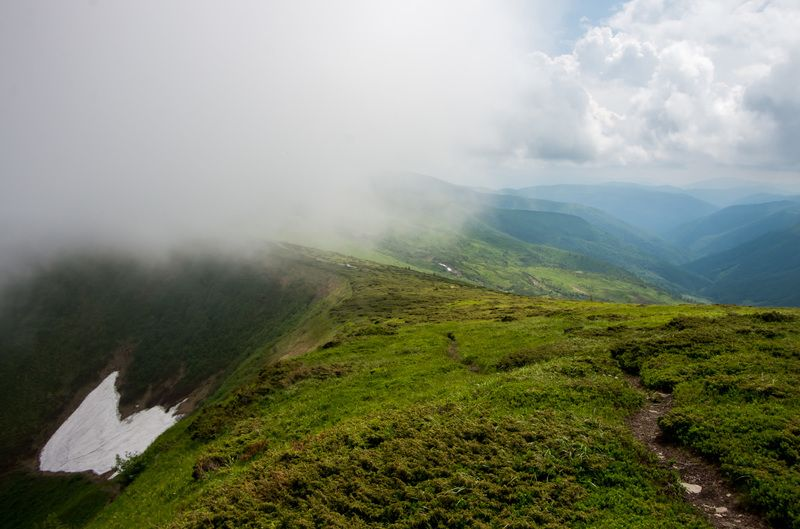 карпаты, горы, дымка, облака Дорога в облакаphoto preview