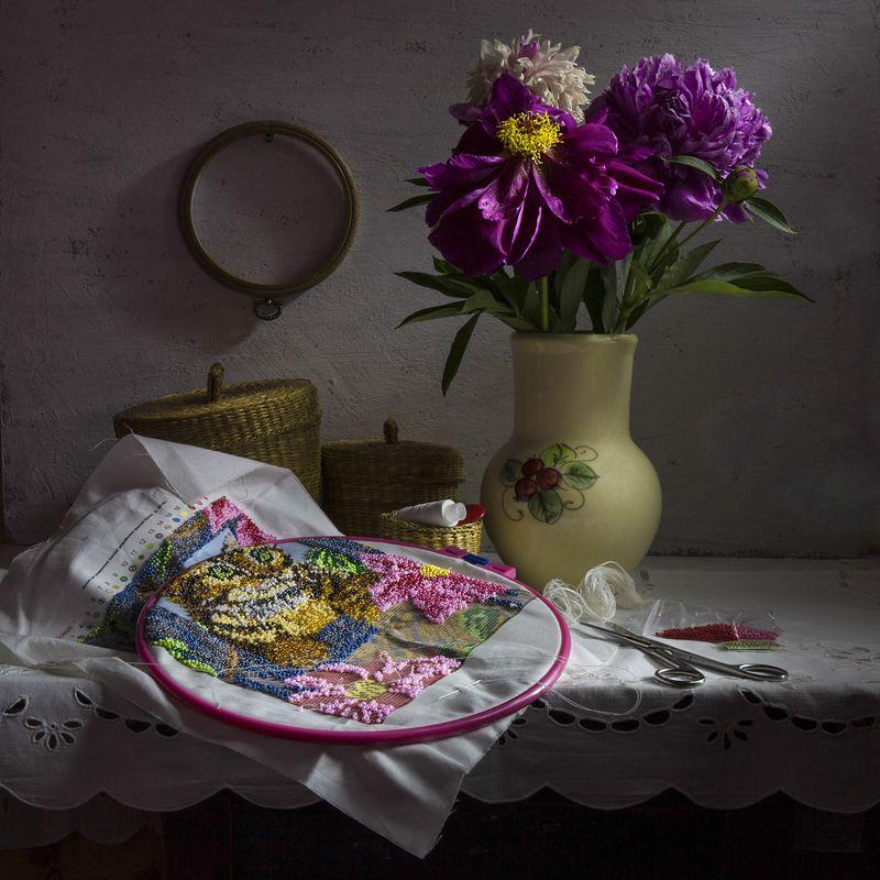 натюрморт,пионы,вышивка,цветы,лето, О пионах и коте...photo preview
