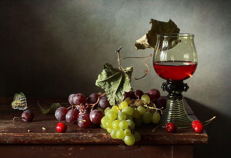 Виноград и черешняphoto preview