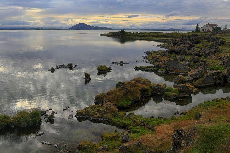пейзаж, путешествие, озеро, исландия, iceland, lake, travel, landscape Домик у озераphoto preview