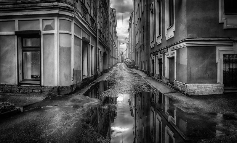 город,улица,архитектура,дождь,лужа,отражения После дождя.photo preview