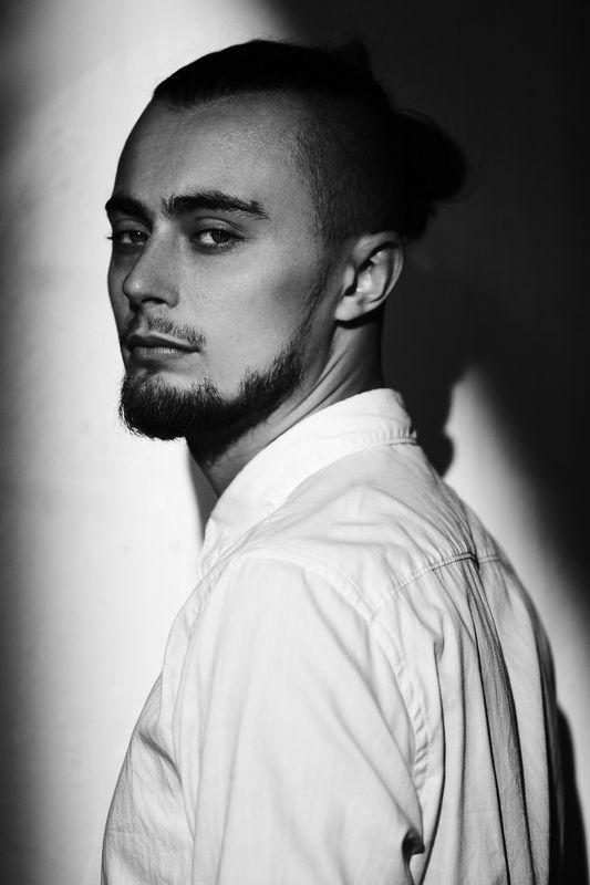 portrait man model портрет мужчина модель мужской портрет Artemphoto preview