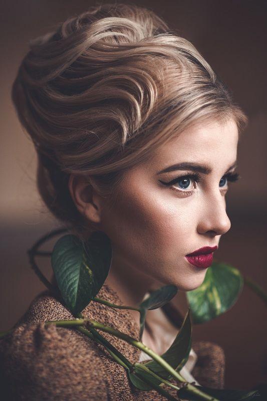 portrait woman blonde Plantphoto preview