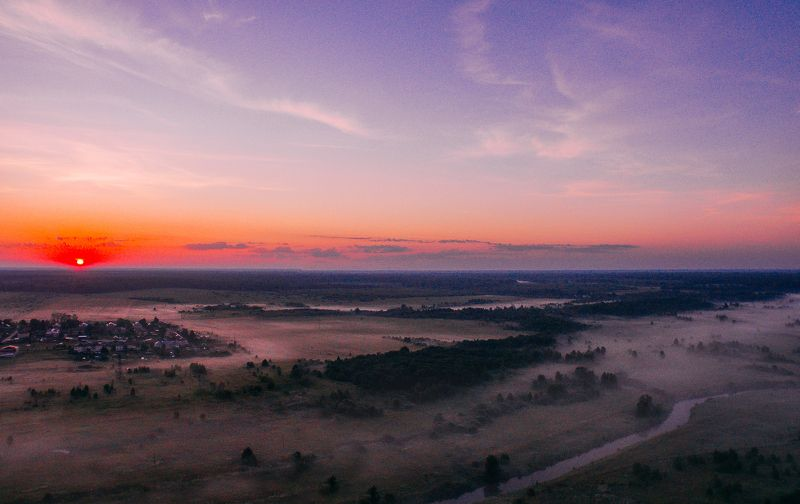 dji,djiphantom,sunrise Пролетая над рекой на рассветеphoto preview