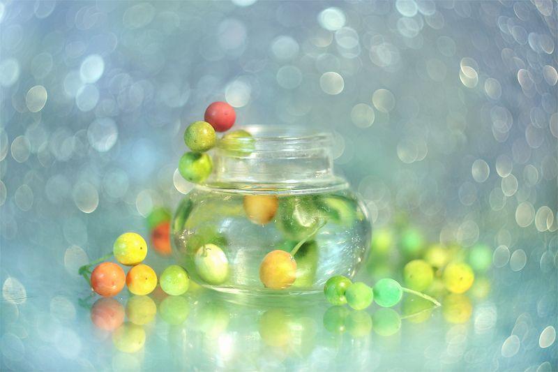 kolory,jagody,bokeh,owoce,makro,martwa natura,przyroda,natura Kolorowophoto preview