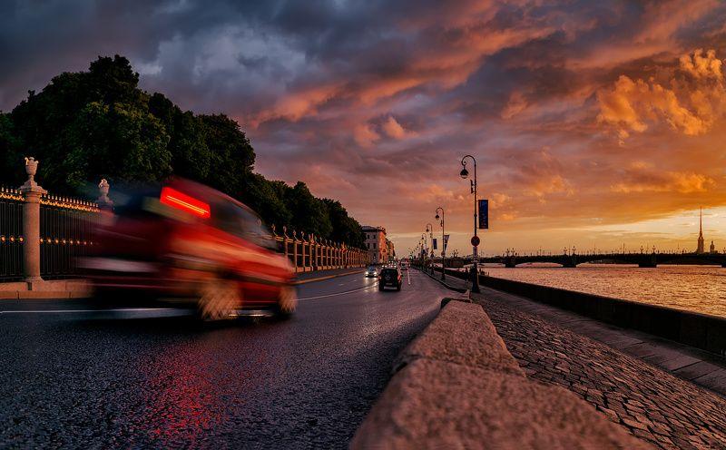 город,улица,набережная,река,движение,вечер,транспорт,закат Вечер на набережной.photo preview