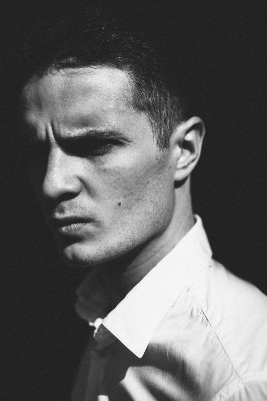 portrait man model портрет мужчина модель мужской портрет Antonphoto preview